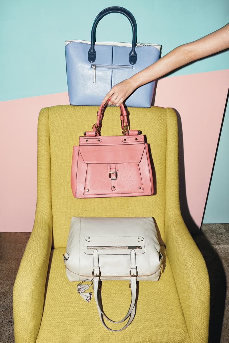 11d_W_Accessories_Handbags_1243